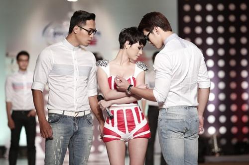 tra my idol khoe dang chuan ben dan mau nam - 4