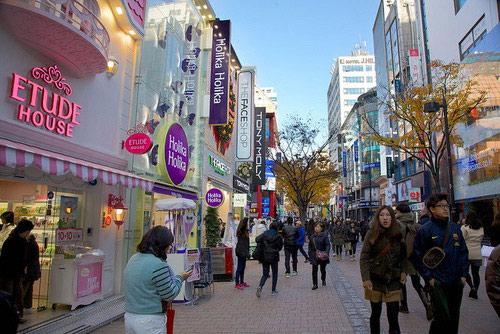 street style an tuong cua pho thoi trang xu han - 2