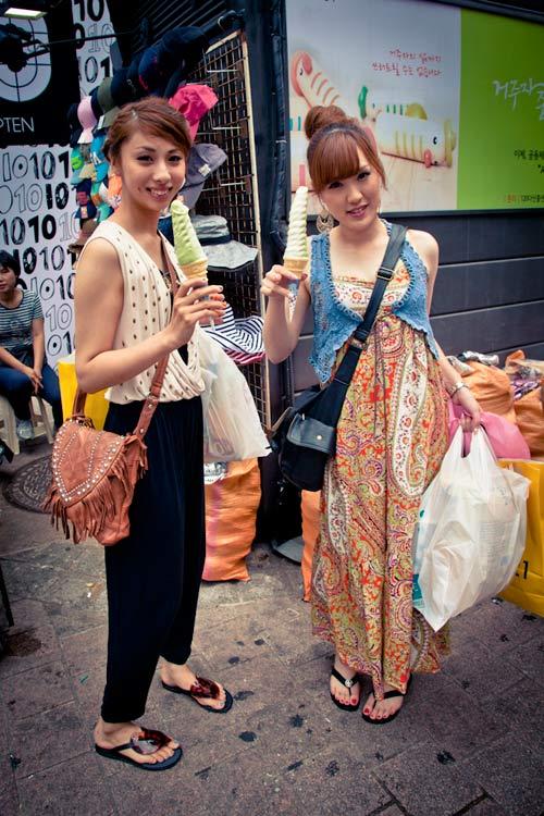 street style an tuong cua pho thoi trang xu han - 15