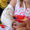 Tin tức - HN: Bệnh viện Phú Xuyên đỡ đẻ, trẻ bị gãy tay?