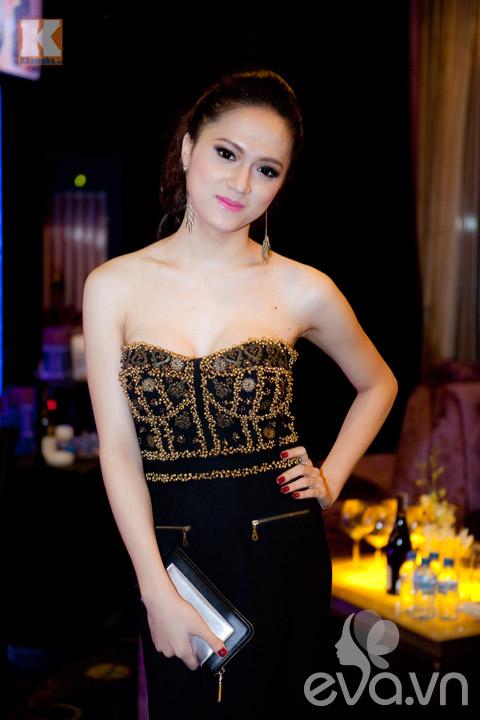 huong giang idol khoe vong 1 cang tron - 4