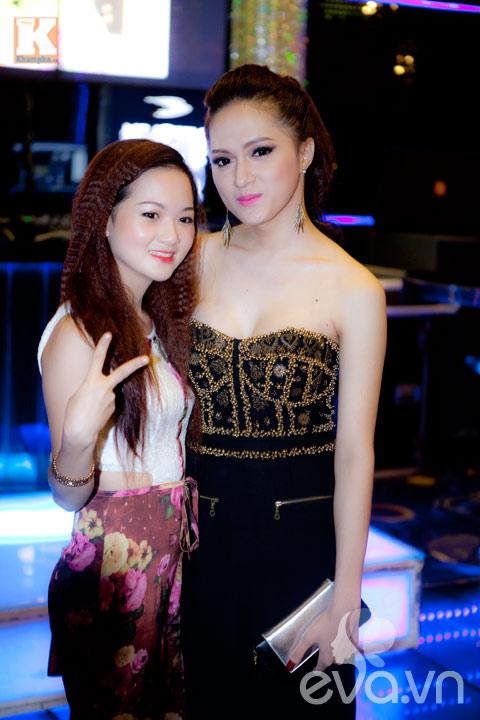 huong giang idol khoe vong 1 cang tron - 6