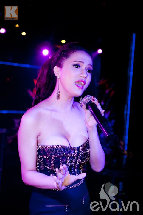 huong giang idol sexy 'nghet tho' - 2
