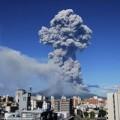 Tin tức - Video: Núi lửa phun trào ngoạn mục ở Nhật Bản