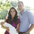 Làng sao - Hoàng tử nhí George lần đầu chụp hình cùng bố mẹ