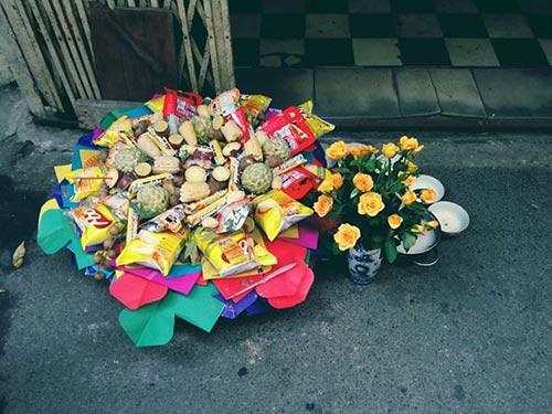 hoa hong tang gia gap 3 lan ngay le vu lan - 1