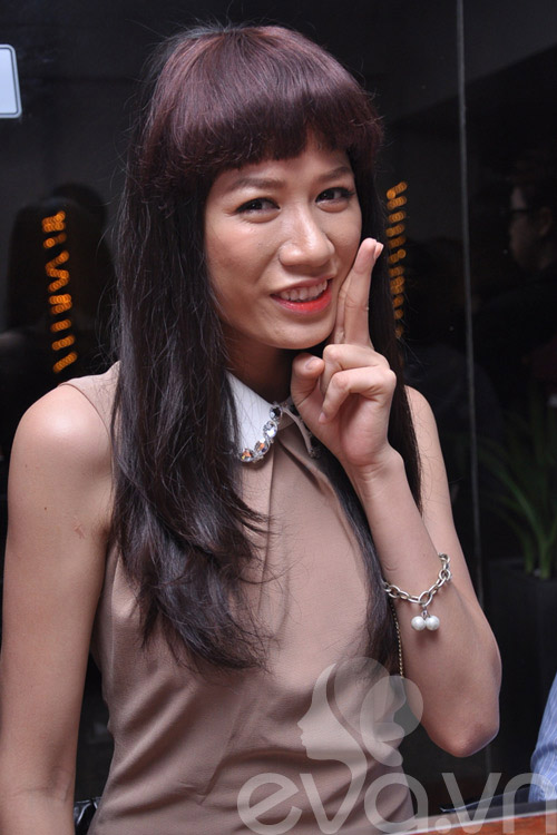 long may ngang 'dat gia' showbiz viet - 6