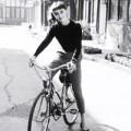 """Thời trang - Đạp xe trên """"con đường thanh lịch"""" của A.Hepburn"""