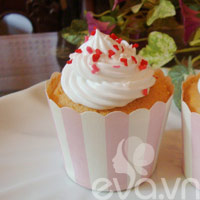 tap lam cupcake bo chanh - 12