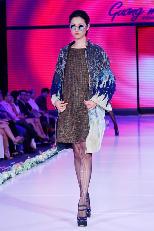 tra my next top hoi hop tro lai san catwalk - 5