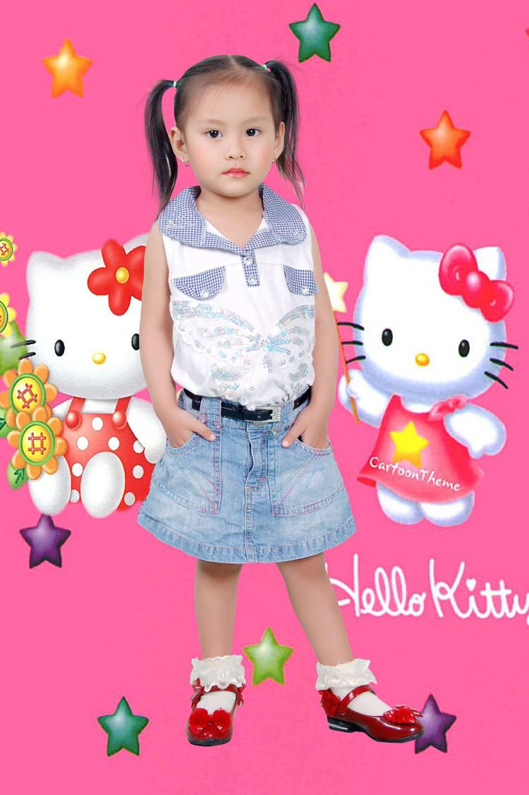 Mới gần 4 tuổi mà cô nàng Susu đã rất ra dáng một người mẫu chuyên nghiệp rồi nhé.