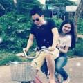 Làng sao - Khắc Tiệp chở Ngọc Trinh đi chơi bằng xe đạp