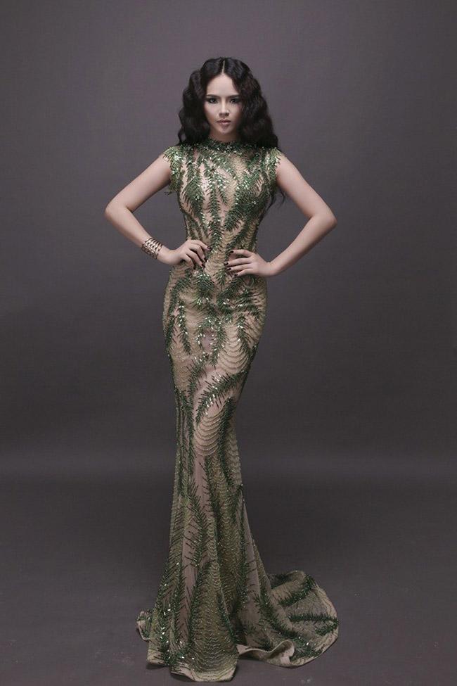 Đêm chung kết của Miss World 2013 sẽ diễn ra vào tháng 9 tới tại Bali - Indonesia. Trang phục dạ hội sẽ là một trong những yếu tố giúp các người đẹp tỏa sáng trong đêm thi quyết định này. Được biết NTK Hoàng Hải sẽ là người thiết kế chính cho Lại Hương Thảo trong lần 'đem chuông đi đánh xứ người' này.