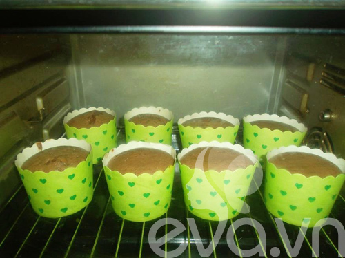 banh cupcake so co la thom ngon - 7
