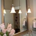Nhà đẹp - 8 bí quyết giúp phòng tắm sạch bất ngờ