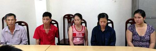 phat hien duong day ban tre so sinh sang trung quoc - 1