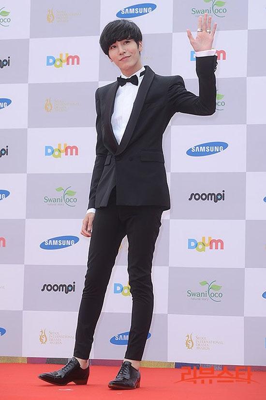 sao hoa han xung xinh di du seoul drama awards - 12