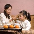 """Làm mẹ - Bữa sáng cho bé: Ăn sai là """"hỏng"""""""