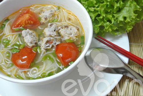 3 mon bun thit, suon, moc cho bua sang - 5