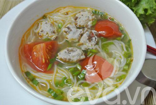 3 mon bun thit, suon, moc cho bua sang - 4