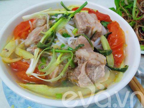 3 mon bun thit, suon, moc cho bua sang - 3