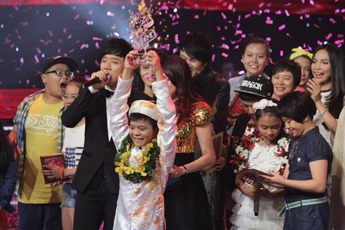 cong van the voice kids: thanh hoa noi gi? - 1