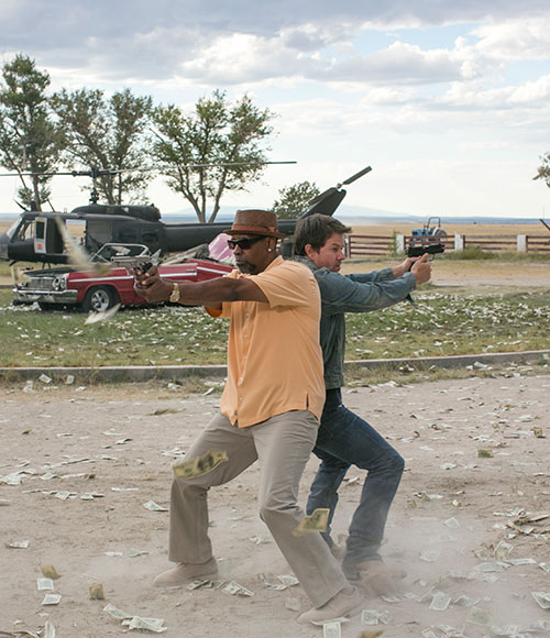 cung eva cuoi no rap chieu voi 2 guns - 2