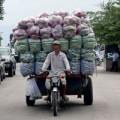 Mua sắm - Giá cả - Nhộn nhịp buôn bán rau màu tiểu ngạch
