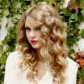 Làm đẹp - Tóc của công chúa Taylor Swiff quá hot