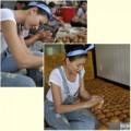Làng sao - Trang Trần tích cực làm bánh tặng người nghèo