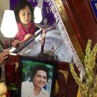 Con trai út của nghệ sĩ Minh Cảnh bị đâm chết