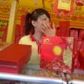 Tin tức - Các cửa hàng bánh trung thu bị tấn công
