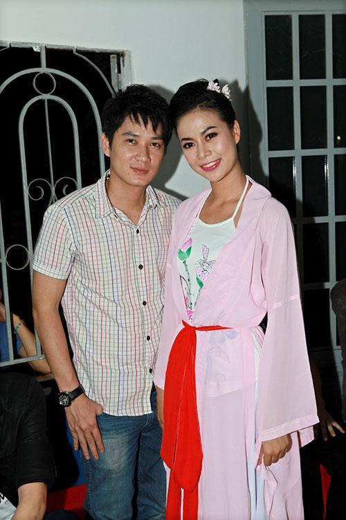 thai chi hung rang ro ben ''chi hang'' my hanh - 5