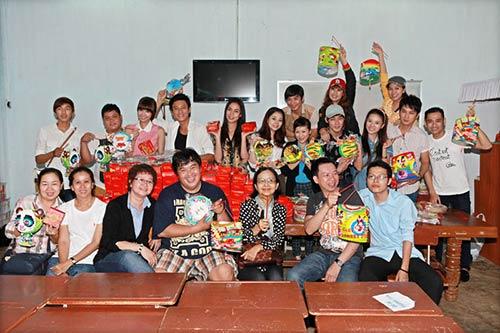 thai chi hung rang ro ben ''chi hang'' my hanh - 16