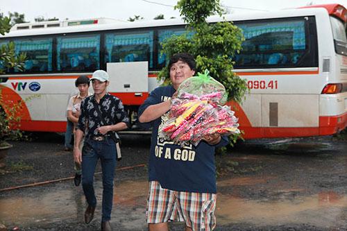 thai chi hung rang ro ben ''chi hang'' my hanh - 3