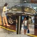 """Làng sao - Phương Nguyễn """"cưỡi"""" xe 5 tỷ đi mua sắm"""