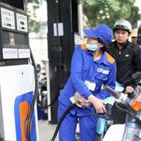 Giá xăng dầu lại nhấp nhổm tăng vì... bất ổn ở Syria