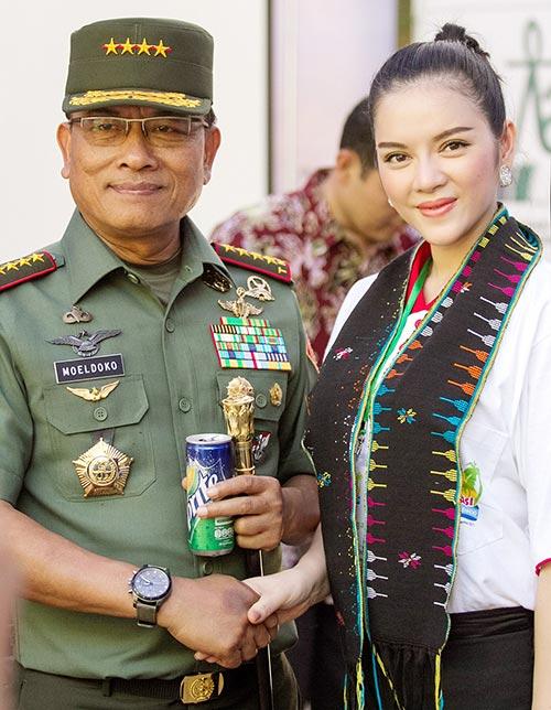 ly nha ky dien kien tong thong va tuong indonesia - 3