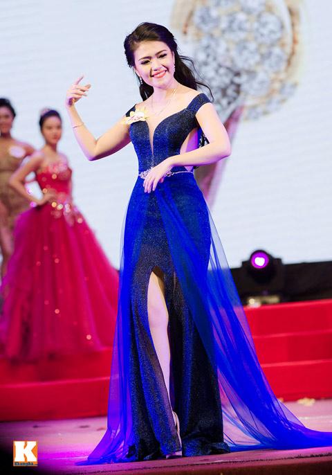 """lo thi huong tram dang quang """"nu hoang trang suc 2013"""" - 10"""