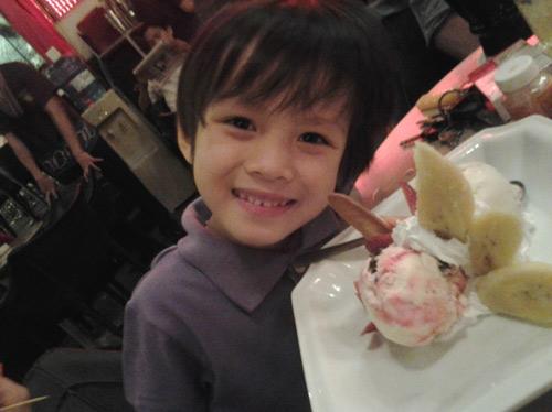 """sieu mau nhi: """"boy hongkong"""" hao nguyen - 4"""