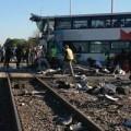 Tin tức - Xe bus đâm tàu hỏa, 40 người thương vong