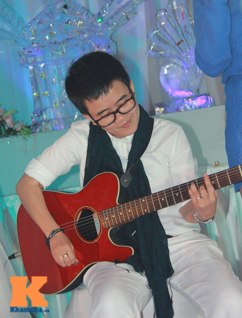 phuong uyen du dam cuoi chi gai thieu bao trang - 10