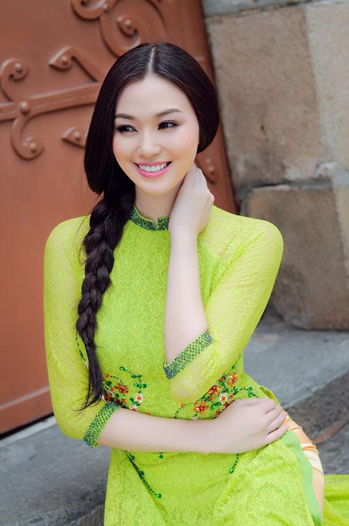 """khanh my ngay cang dat show """"dai su"""" - 3"""