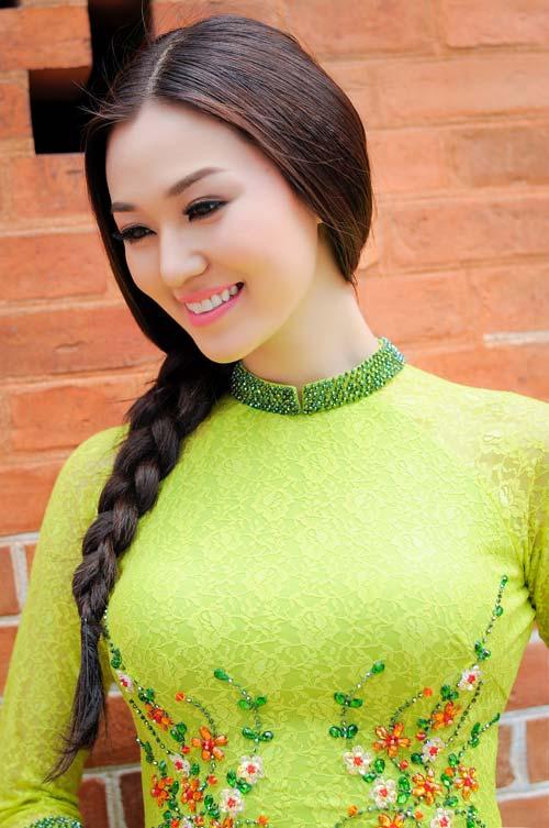 """khanh my ngay cang dat show """"dai su"""" - 8"""