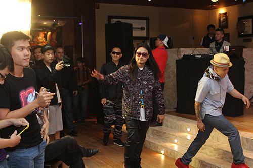 far east movement tung bung giao luu voi fan viet - 1