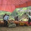 Tin tức - Người nhà gào khóc đón thi thể 4 nạn nhân