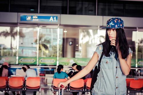 huyen trang khoe style nang dong tai san bay - 1