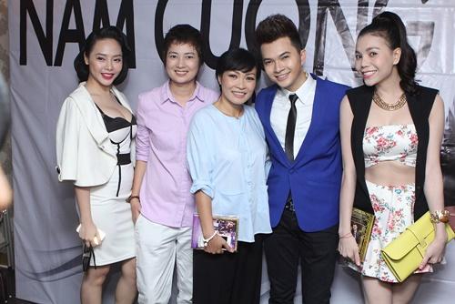 phuong thanh dien ao ba ba chuc mung nam cuong - 2