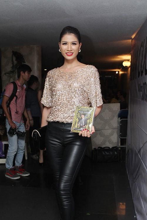 phuong thanh dien ao ba ba chuc mung nam cuong - 8