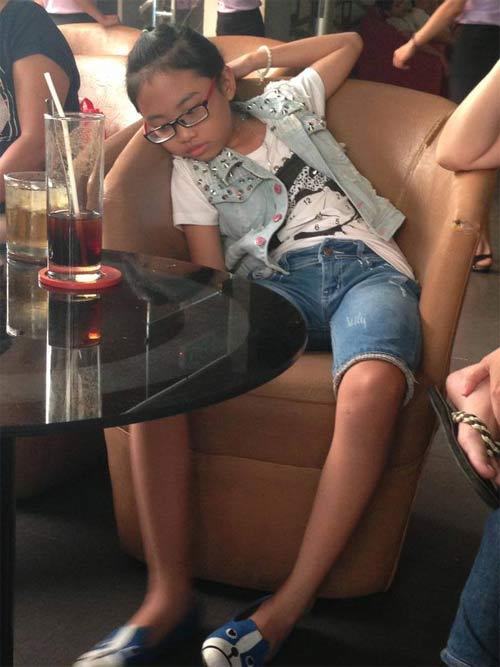 phuong my chi dang bi vat kiet tren san khau? - 2